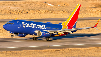 A picture of N917WN - Boeing 7377H4 - Southwest Airlines - © HA-KLS
