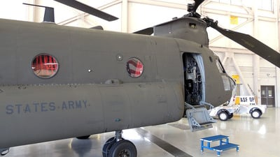 90-00225 - Boeing CH-47D Chinook - United States - US Army
