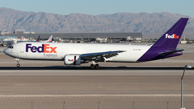 A picture of N177FE - Boeing 7673S2F(ER) - FedEx - © Yixin Chen