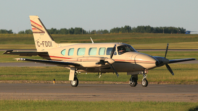 C-FDOI - Piper PA-31-350 Chieftain - Sunwest Aviation