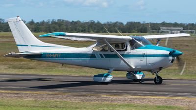 VH-MYT - Cessna 182Q Skylane II - Private