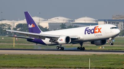 A picture of N101FE - Boeing 7673S2F(ER) - FedEx - © Zongzha_Kaiguan