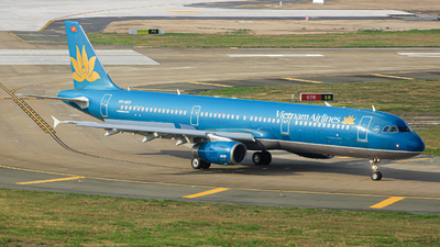 A picture of VNA601 - Airbus A321231 - Vietnam Airlines - © Quang_Minh_024