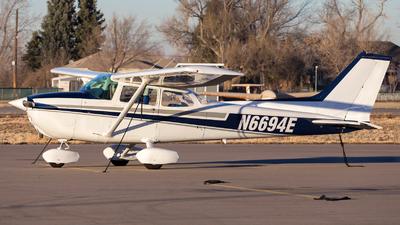 A picture of N6694E - Cessna 172N Skyhawk - [17272050] - © HA-KLS
