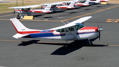 VH-JMF - Cessna R182 Skylane RG - Private