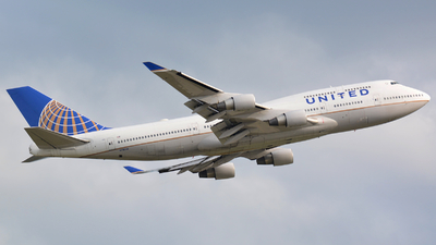 N118UA - Boeing 747-422 - United Airlines
