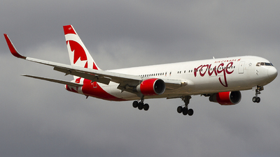 C-FMLZ - Boeing 767-316(ER) - Air Canada Rouge