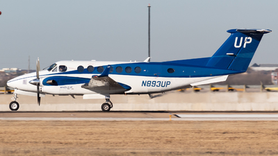 N893UP - Beechcraft B300 King Air - Wheels Up