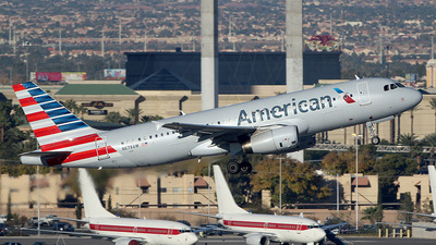 N678AW - Airbus A320-232 - American Airlines