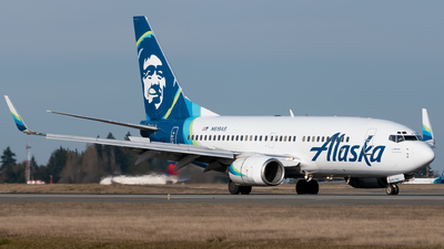 A picture of N619AS - Boeing 737790 - Alaska Airlines - © Logan m