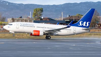 A picture of SERJT - Boeing 73776N - SAS - © Richard Toft