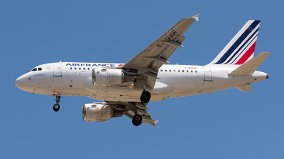 A picture of FGUGF - Airbus A318111 - Air France - © Gábor Magyar