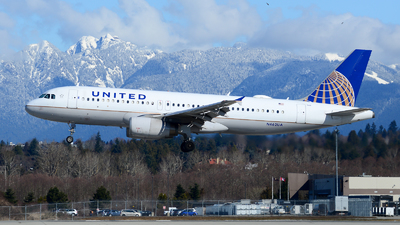 N462UA - Airbus A320-232 - United Airlines
