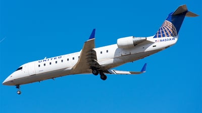N450AW - Bombardier CRJ-200ER - United Express (Air Wisconsin)