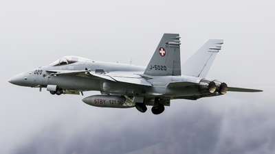 J-5020 - McDonnell Douglas F/A-18C Hornet - Switzerland - Air Force