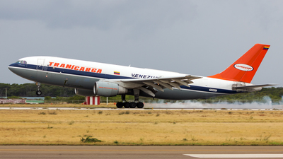 A picture of YV562T - Airbus A300B4203(F) -  - © Hensley Garcia