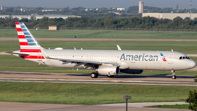 A picture of N154AA - Airbus A321231 - American Airlines - © Centex Spotter