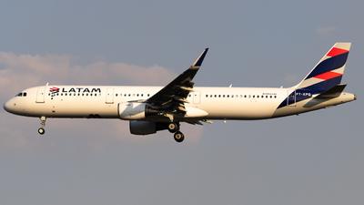 PT-XPQ - Airbus A321-211 - LATAM Airlines