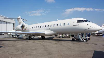 N808GL - Bombardier BD-700-1A10 Global 6000 - Private