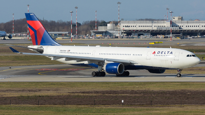 A picture of N860NW - Airbus A330223 - Delta Air Lines - © Luca Cesati
