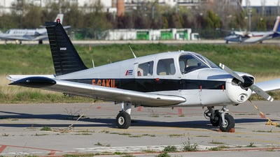 F-GAKU - Piper PA-28-235 Cherokee - Private