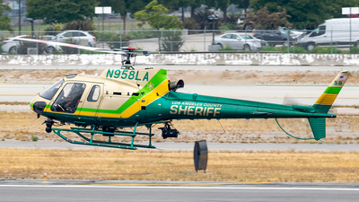 N958LA - Eurocopter AS 350B2 Ecureuil - United States - Los Angeles County Sheriff
