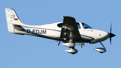 D-EDJM - Cirrus SR22 - Private