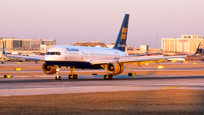 A picture of TFISF - Boeing 757223 - Icelandair - © Kevin Cargo