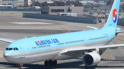 HL8027 - Airbus A330-323 - Korean Air