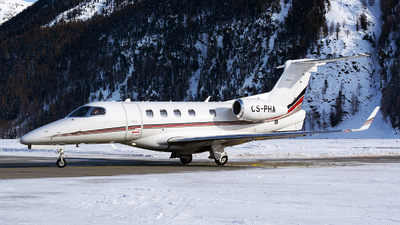 CS-PHA - Embraer 505 Phenom 300 - NetJets Europe