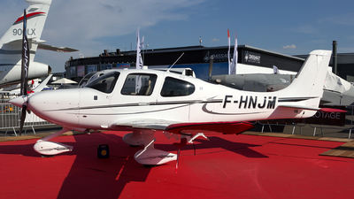 F-HNJM - Cirrus SR22 - Private