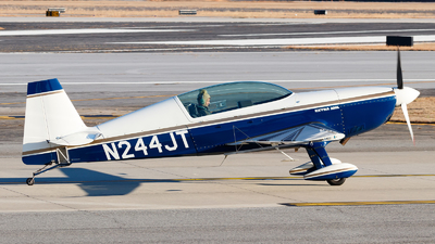 N244JT - Extra 300L - Private