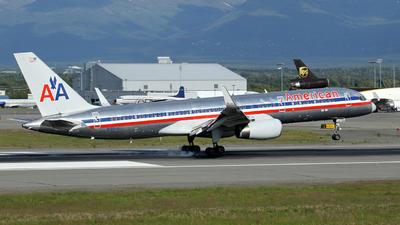 N182AN - Boeing 757-223 - American Airlines