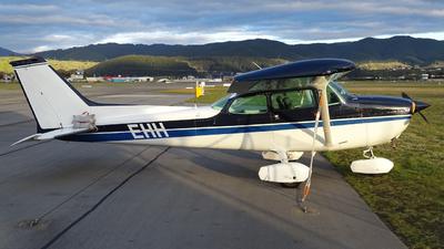 ZK-EHH - Cessna 172N Skyhawk II - Private