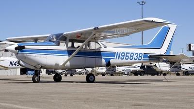 A picture of N9583B - Cessna 172RG Cutlass RG - [172RG0898] - © Mauri_0307