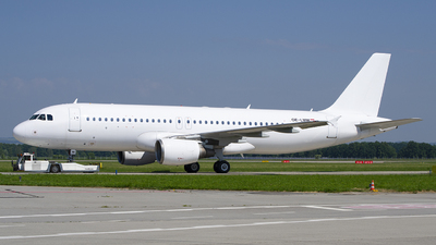 OE-LMM - Airbus A320-214 - Untitled