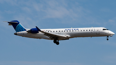 A picture of N533GJ - Mitsubishi CRJ550 - United Airlines - © Michael Place