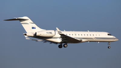 VH-FMG - Bombardier BD-700-1A10 Global Express - Private