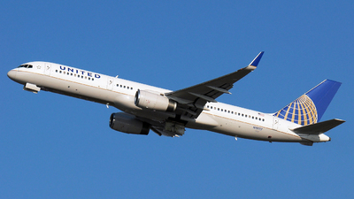 N19117 - Boeing 757-224 - United Airlines