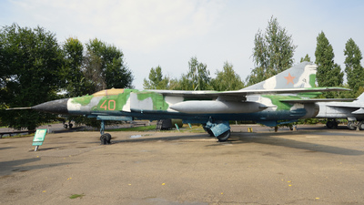 40 - Mikoyan-Gurevich Mig-23MLD Flogger - Russia - Air Force