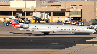 N928LR - Bombardier CRJ-900ER - American Eagle (Mesa Airlines)
