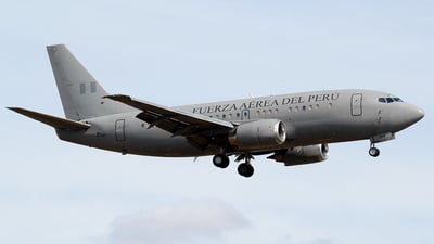 356 - Boeing 737-528 - Perú - Air Force