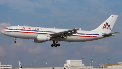 N11060 - Airbus A300B4-605R - American Airlines