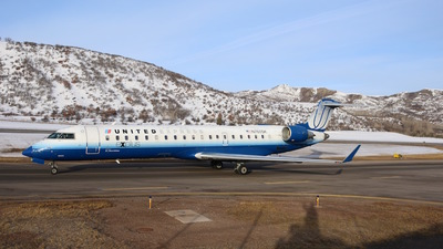 N760SK - Bombardier CRJ-701ER - United Express (SkyWest Airlines)