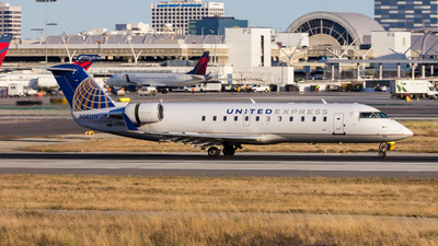 N982SW - Bombardier CRJ-200ER - United Express (SkyWest Airlines)