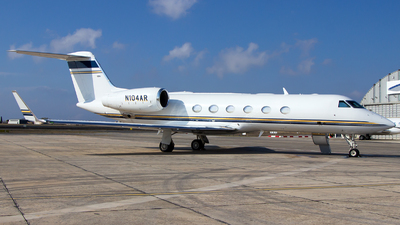 N104AR - Gulfstream G450 - Private