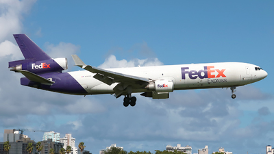 A picture of N595FE - McDonnell Douglas MD11F - FedEx - © Angel Natal