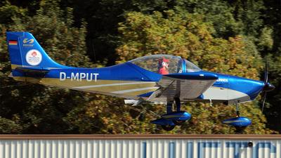 A picture of DMPUT - Breezer B400 - [UL134] - © Hugo Schwarzer