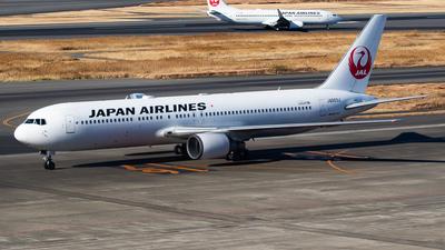 A picture of JA603J - Boeing 767346(ER) - Japan Airlines - © H.Hayashi