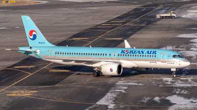 HL8314 - Airbus A220-371 - Korean Air